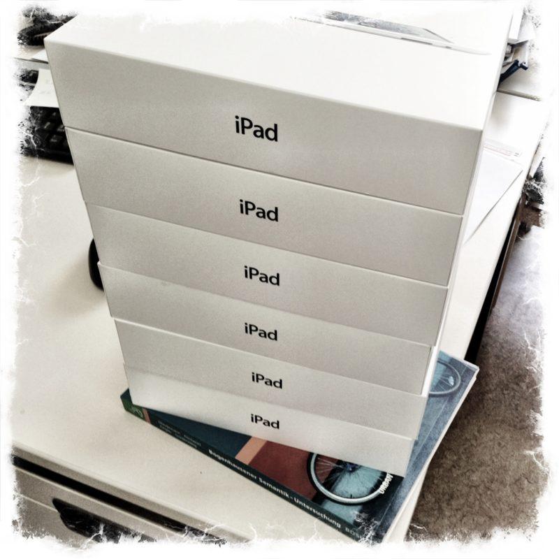 Nach langer Vorbereitung und schwierigen Verhandlungen sind sie endlich da. Die iPads der Logopädie im Klinikum Osnabrück.